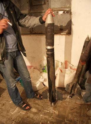 گزارش تصویری جالب از کارگاه تولید موشک های دست ساز در نوار غزه