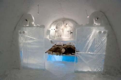 هتل زیبای یخی در قطب (عکس)