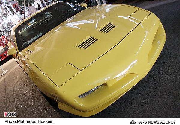 نمایشگاه خودروهای لوکس در تهران(تصویری)
