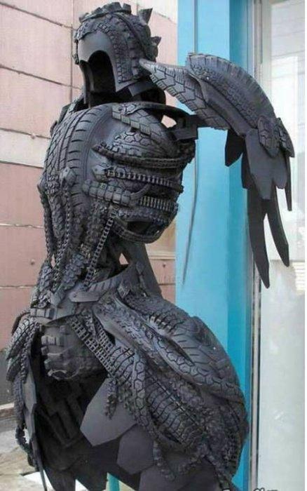 هنرنمایی با لاستیک های کهنه ماشین!
