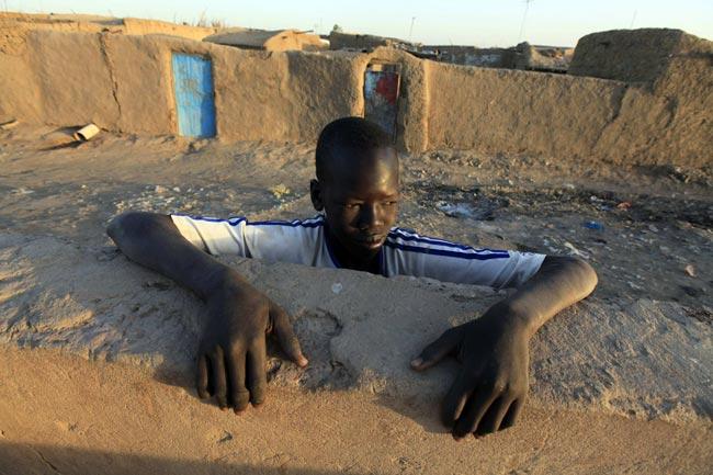 کمپ آوارگان سودانی