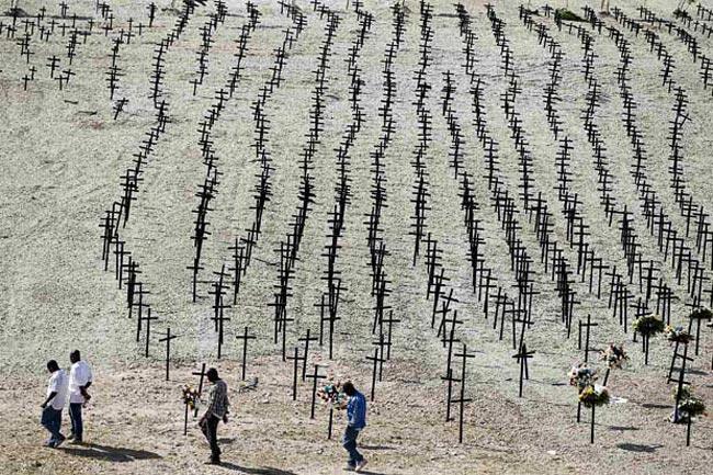 قبرستان كشته شدگان زلزله سال گذشته هاییتی