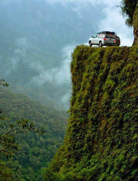 خطرناکترین جاده جهان