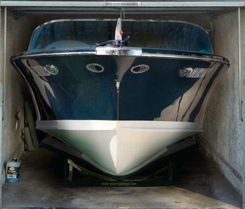 طراحی جالب برای درب پارکینگ ها (عکس) www.TAFRIHI.com