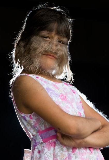 عکس دختر گرگی با موهای روی صورت - 98sms.mihanblog.com