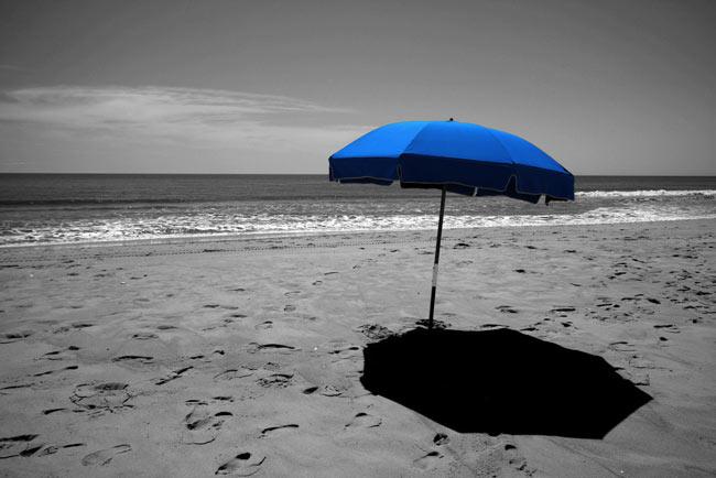 عکس زمینه آبی رنگ