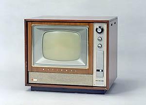 اولین تلویزیون رنگی + عکس