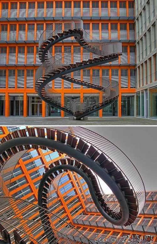 عکس از عجیب ترین پله های دنیا