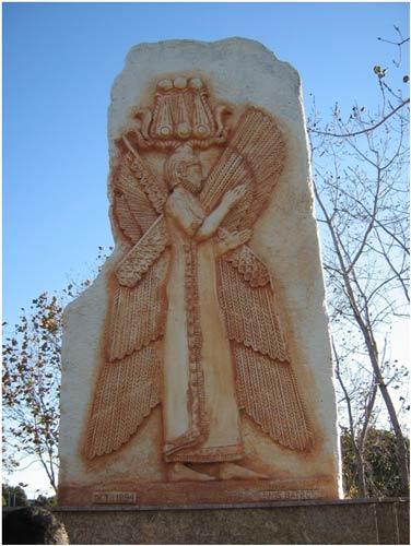 یادمان کوروش کبیر در میدان مرکزی المپیای سیدنی استرالیا(عکس)
