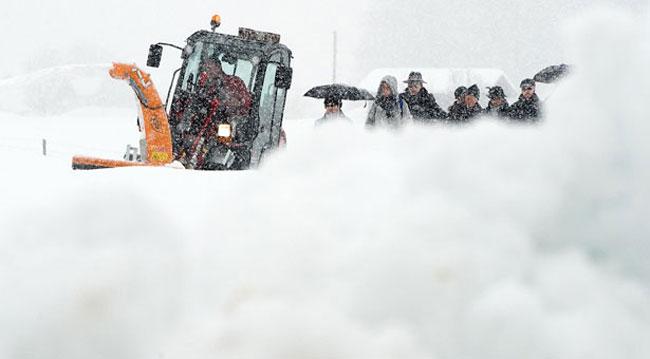ماشین برف روب