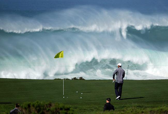 گلف بازی در ساحل