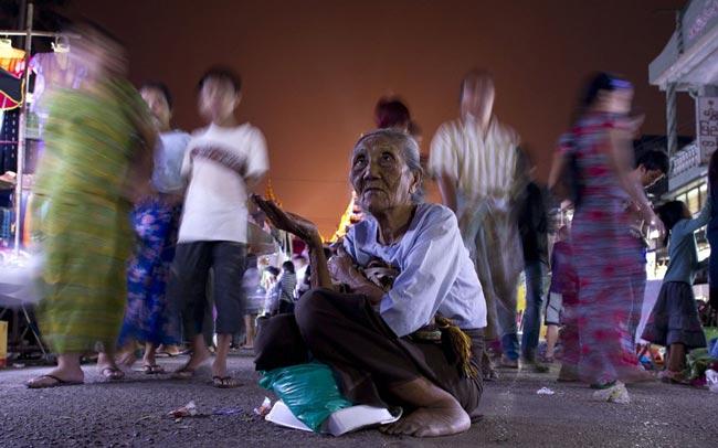 گدای میانماری