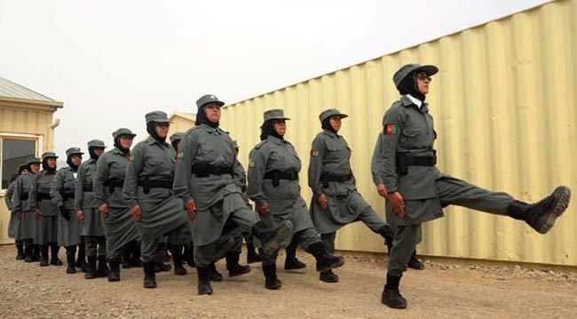 پلیس زن افغان