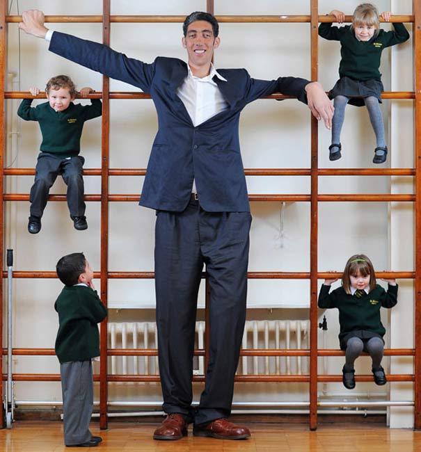 بلندقدترین مرد جهان