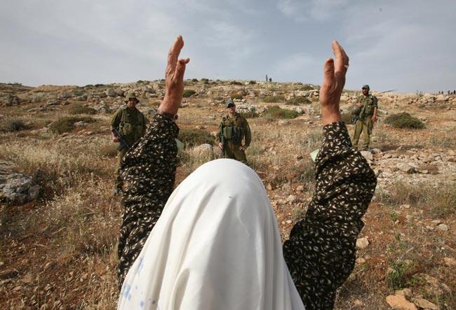 زن کهنسال فلسطینی