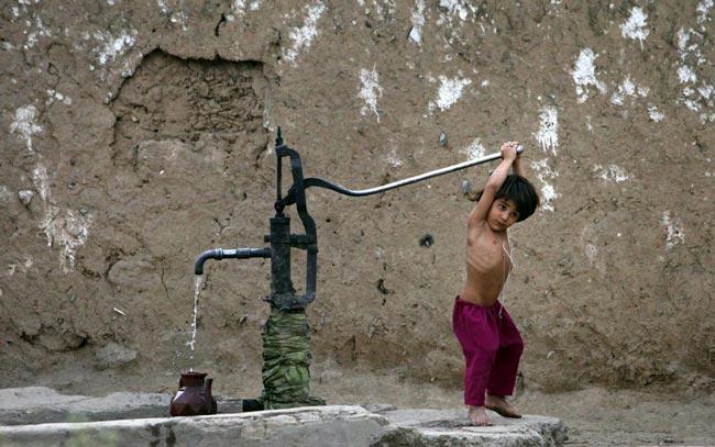 دختر بچه پاکستانی