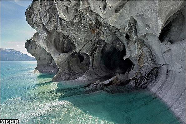 غار لاجوردی؛ زیباترین غار دنیا! (تصویری)