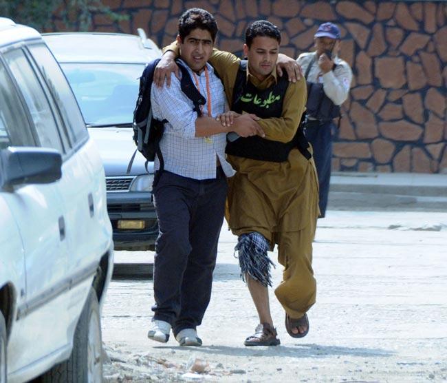 خبرنگار زخمي افغان
