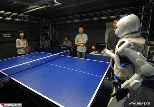 آینده ی روبات،آینده ی روباتیک،پیشرفت روباتیک،روبات های آینده،نسل پیشرفته روبات ها،ربات های مدرن،ربات های دارای مغز