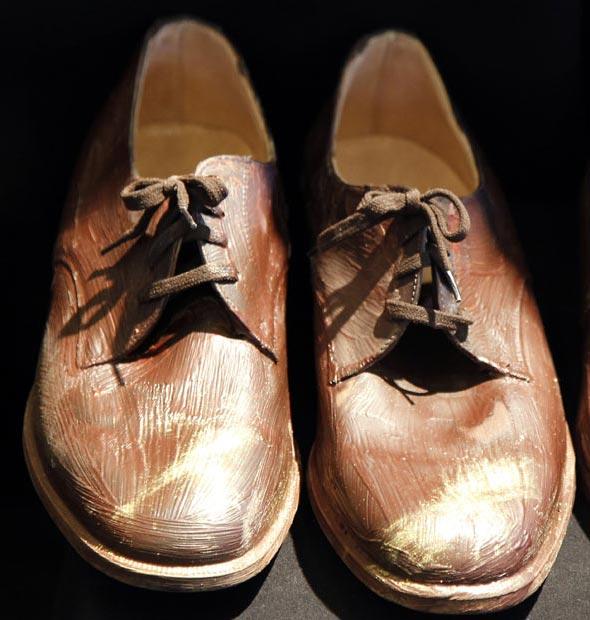 کفش شکلاتی