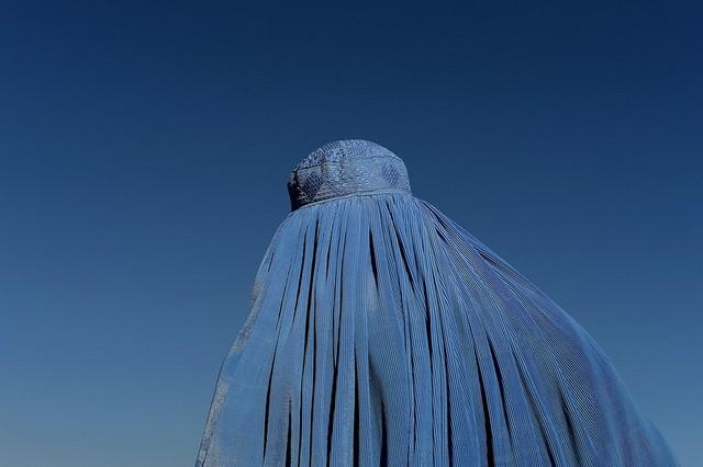 زن افغان در کابل