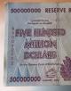 دولت زیمبابوه: حقوق کارمندان را دادیم، فقط 217 دلار ته خزانه باقی مانده!