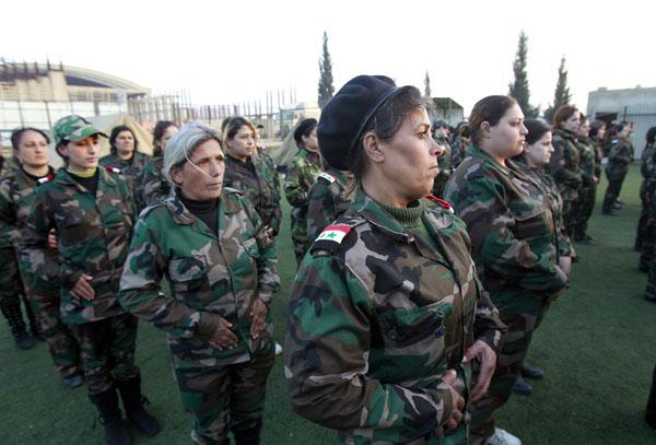 269098 310 - پادگان آموزش زنان فدایی سوریه (+عکس)