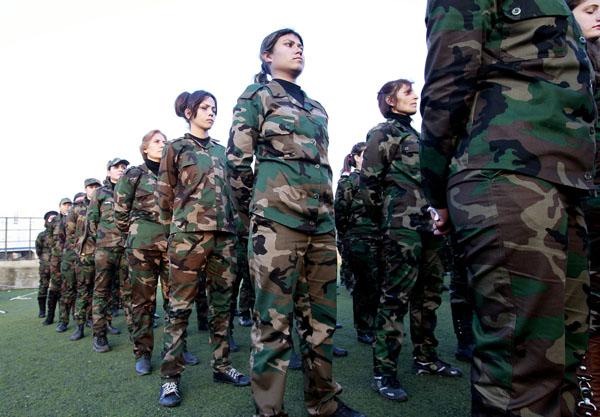 269099 360 - پادگان آموزش زنان فدایی سوریه (+عکس)