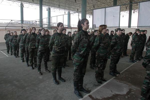 269100 393 - پادگان آموزش زنان فدایی سوریه (+عکس)