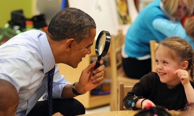 اوباما در بازدید از یک مهد کودک