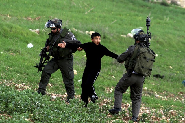 دستگیری نوجوان فلسطینی