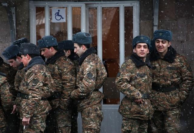 سربازان ارتش ارمنستان