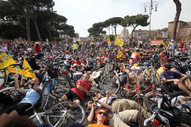 دوچرخه سواران ایتالیایی