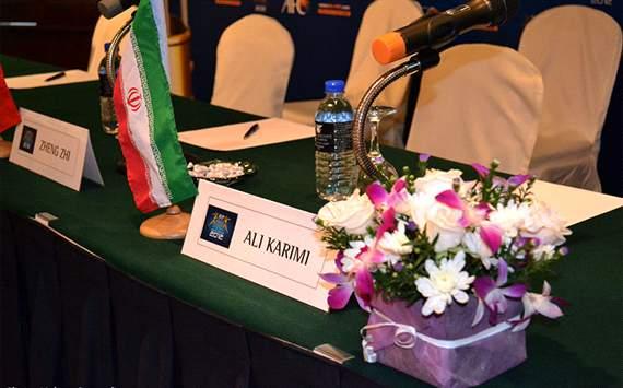 252292 815 صندلی علی کریمی در مراسم سال آسیا /عکس