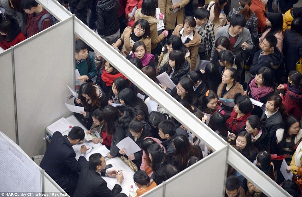 252396 646 نمایشگاهی برای استخدام این همه چینی! /عکس