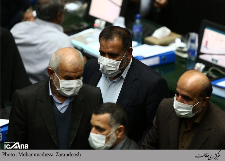 Khuzestan representatives attend Majlis wearing dust masks - IN PHOTOS