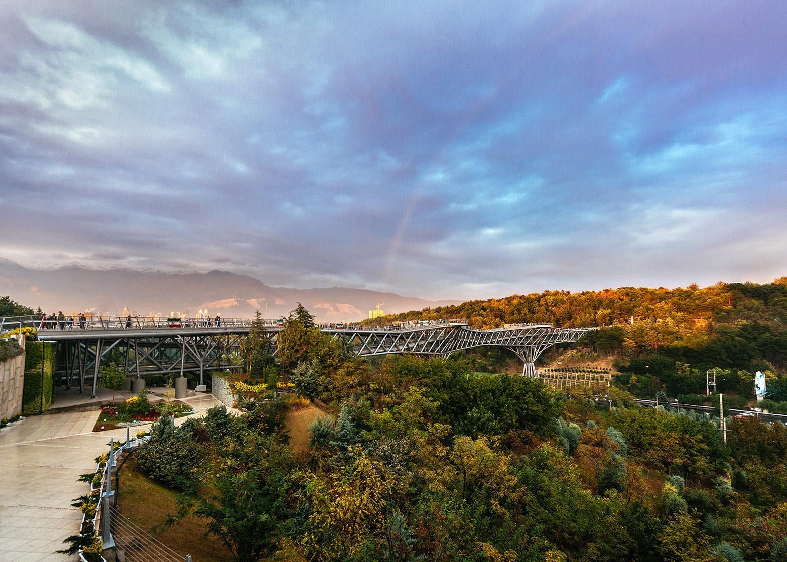 پل طبیعت در تهران :طراح : لیلا عراقیان