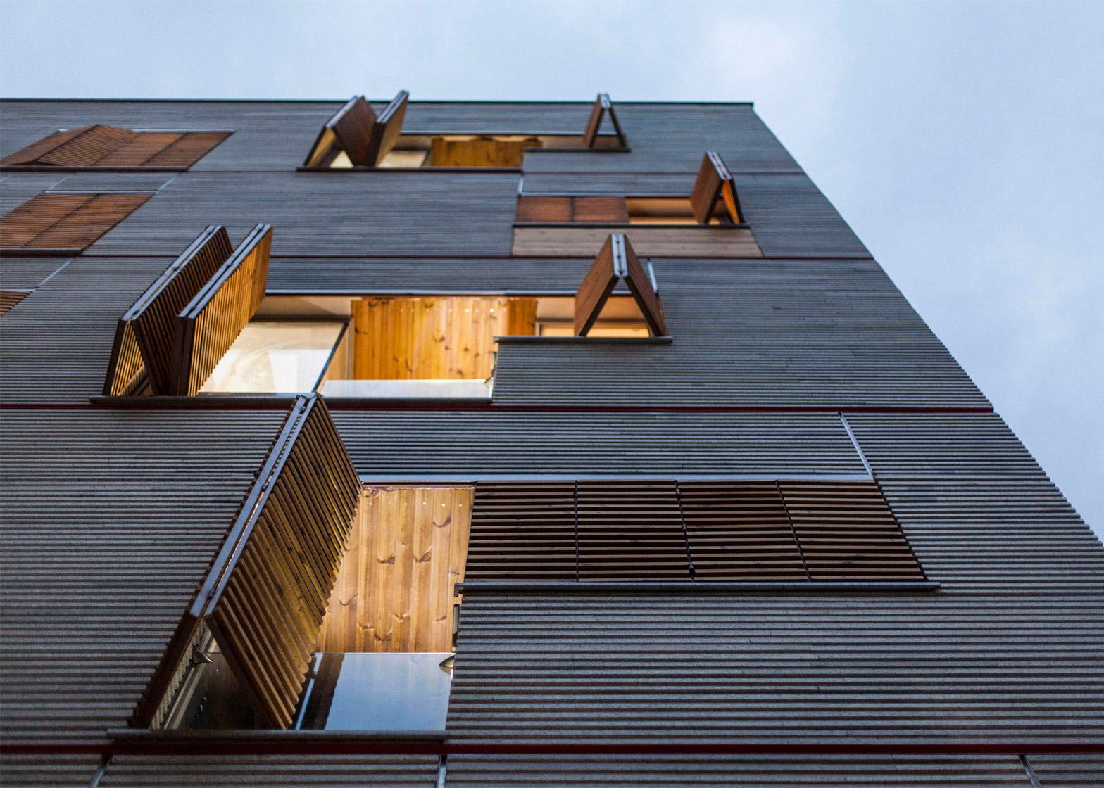 ساختمانی در محله اندرزگو تهران ؛ طراح: دفتر معماری آینه