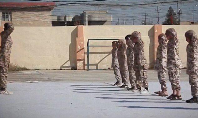 تصاویری از آموزش های نظامی کودکان توسط داعش