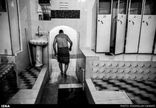 ورودی حمام سنتی که به گرمخانه منتهی میشود
