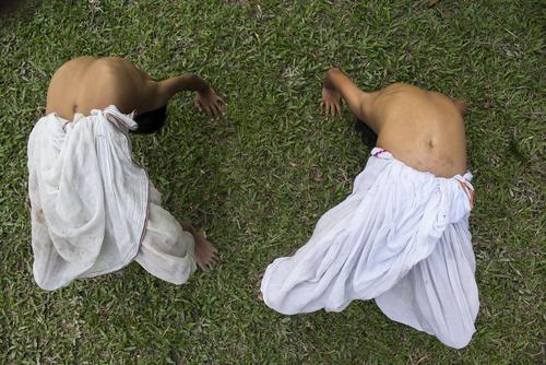 حرکات تمرینی – بدنی دو راهب هندو در آسام هند