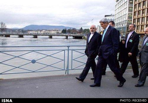پیادهروی جان کری و محمدجواد ظریف وزیران خارجه آمریکا و ایران در خیابانهای ژنو