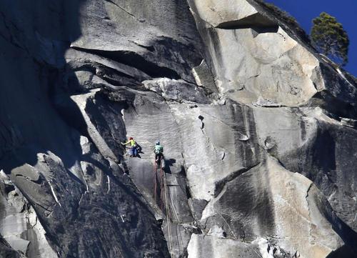 صخره نوردی در کالیفرنیا (آمریکا)