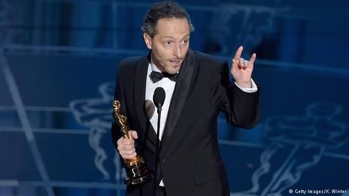 اسکار بهترین فیلمبرداری به مانوئل لوبزکی برای فیلم