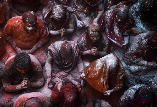 جشنواره مقدس پودر رنگ در کلکلته هند