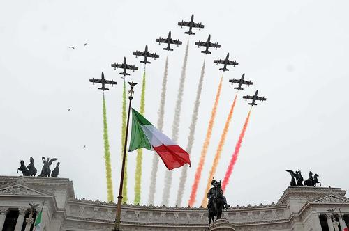 نمایش هوایی در شهر رم