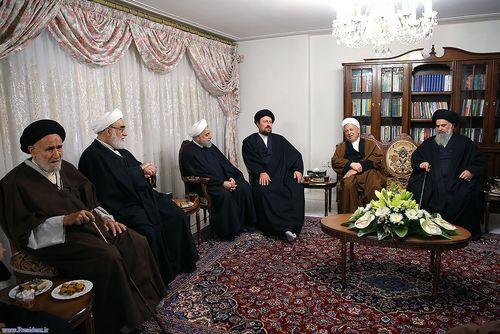 resized 448859 411 حضور مسئولان نظام در منزل حسن روحانی (عکس)