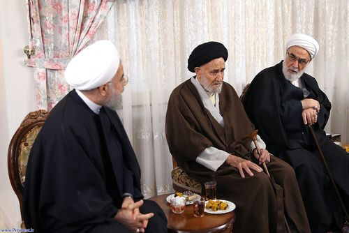 resized 448860 411 حضور مسئولان نظام در منزل حسن روحانی (عکس)