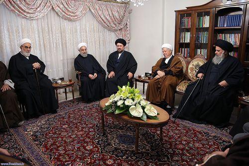 resized 448862 814 حضور مسئولان نظام در منزل حسن روحانی (عکس)