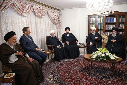 resized 448864 410 حضور مسئولان نظام در منزل حسن روحانی (عکس)